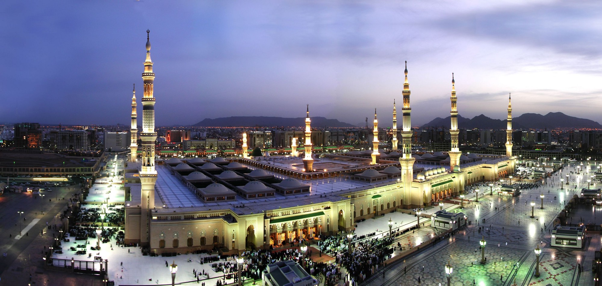 Masjid Nabawi evening aerial 3 Madinah
